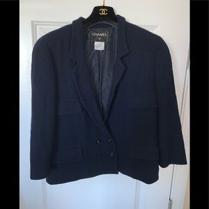 Genuine CHANEL Navy blue wool blazer